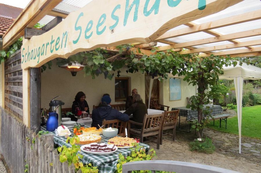 Füllhorn -Schaugarten -erste Besucher